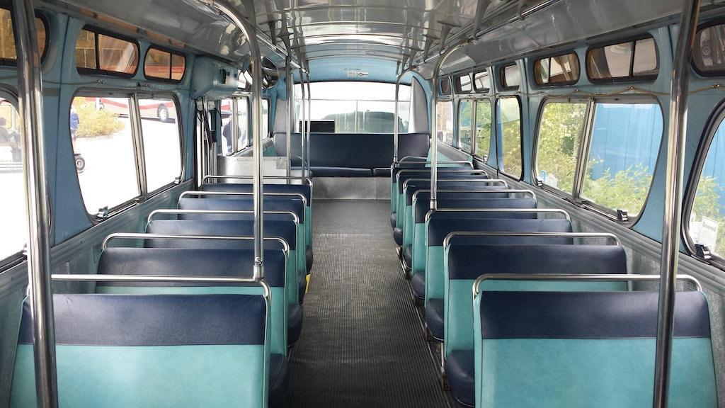 voyager dans un bus flixbus anecdote dun trajet peu banal intrieur bus